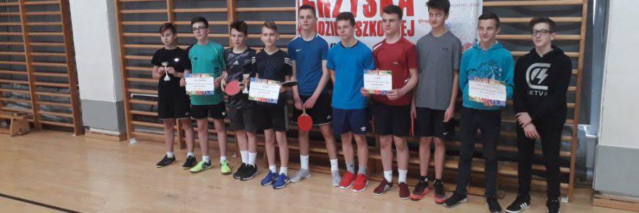 Zawody rejonowe w tenisie stołowym chłopców