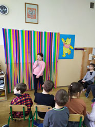 Świetlicowe karaoke w klasie 1a