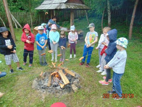 Wycieczka przedszkolaków do Skansenu